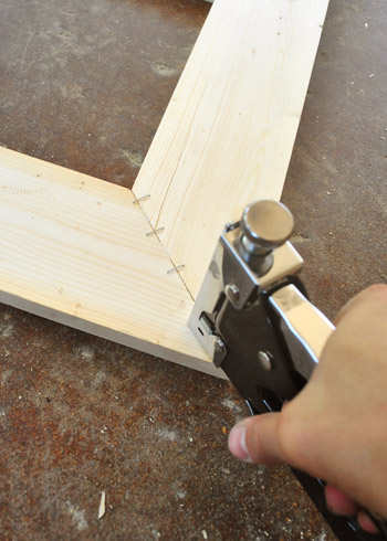 how to cut stretcher bar joint
